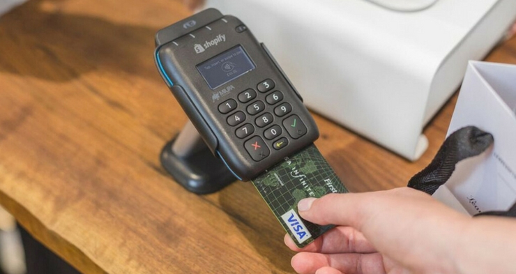 Shopify launches card reader and POS app in the UK